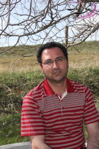 هوشنگ احمدی