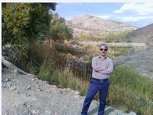 عکس شاعر مرتضی حاجی آقاجانی